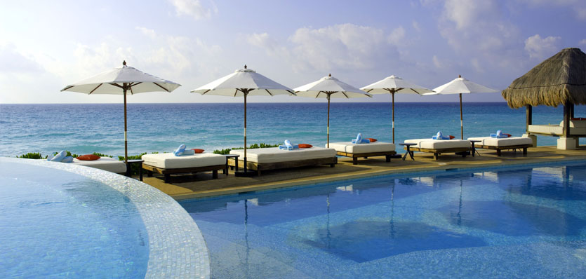 16-me-cancun-pool