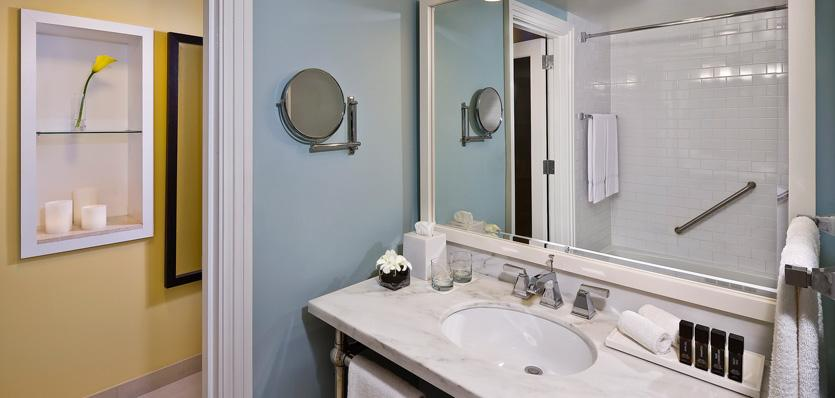 114melianassaubeach-bathroom-2