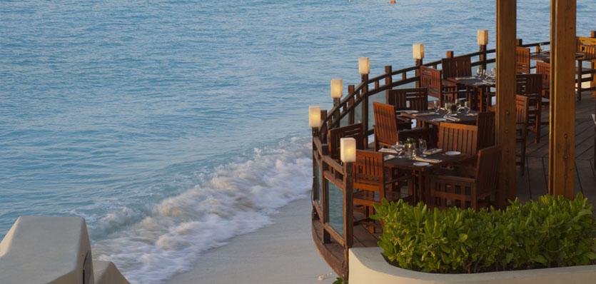 28a-me-cancun-watergrill-terrace-restaurant