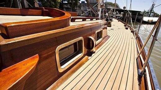 resina-barcos-madeira.jpg