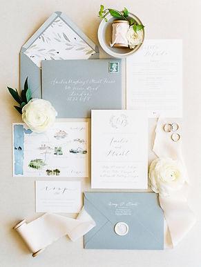 Grey_White_Romantic_Wedding_Invitation