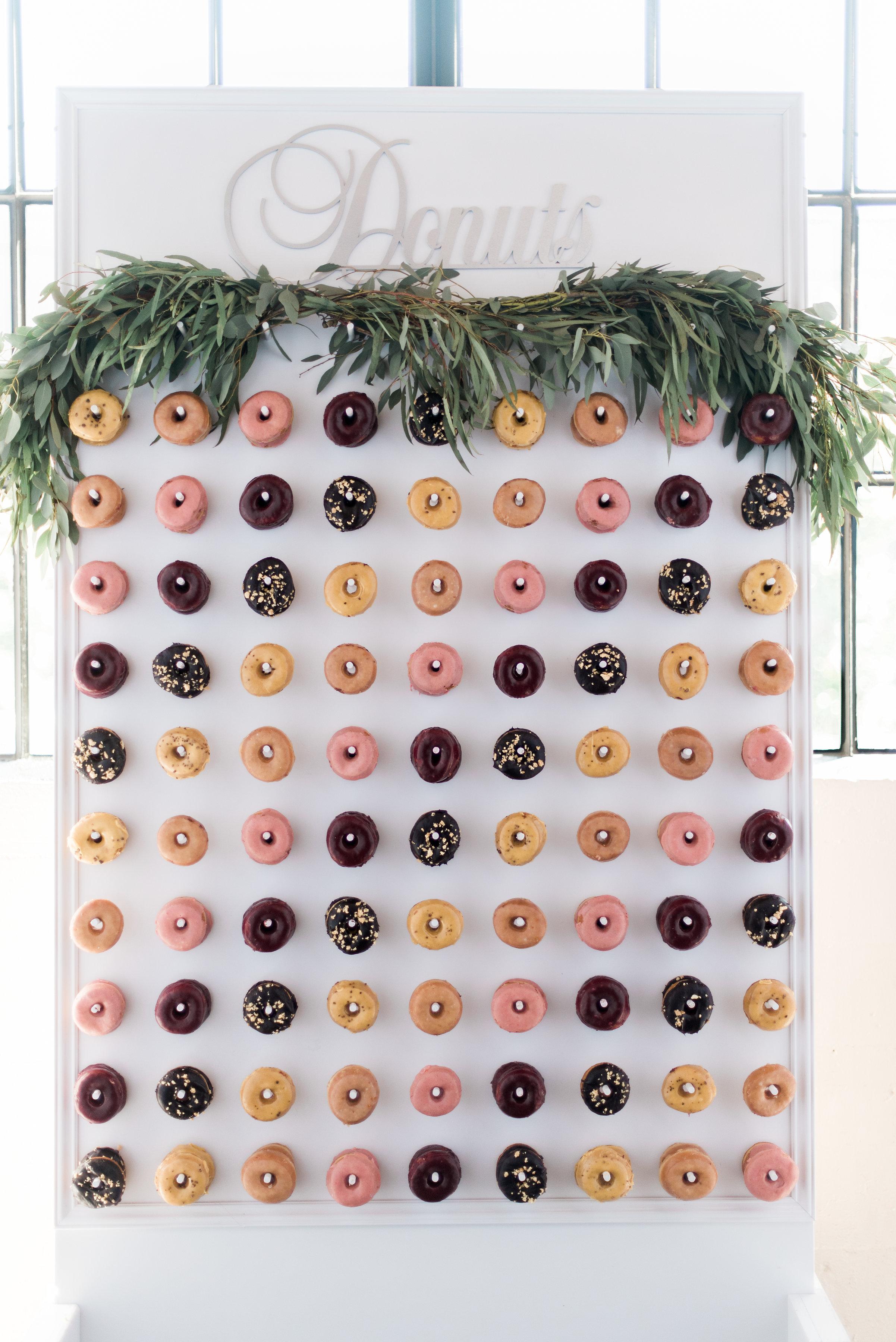 Donut_wall_wedding_Portlandjpg