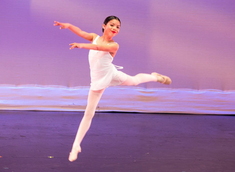 LAMusArt's Winter Dance Recital brings Season's Greetings