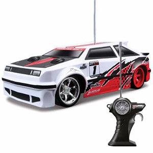 Maisto Tech Radio Control Monster Drift Clutch Kick