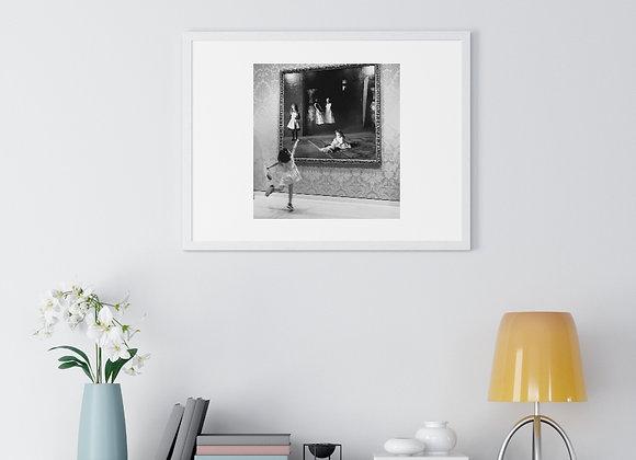 Girls in Museum - Premium Framed Horizontal Poster