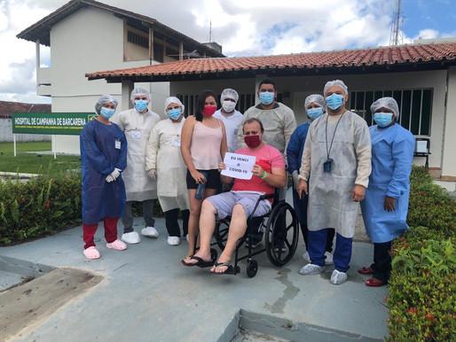 Primeiro paciente recuperado recebe alta do Hospital de Campanha de Barcarena