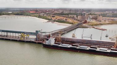 Hydro e Santos Brasil abrem vaga de emprego em Barcarena