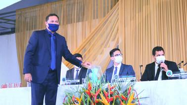 Júnior Ogawa é eleito novo presidente da Câmara de Barcarena