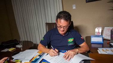 Prefeito Renato Ogawa sanciona lei do auxílio emergencial 'Cuida Barcarena'
