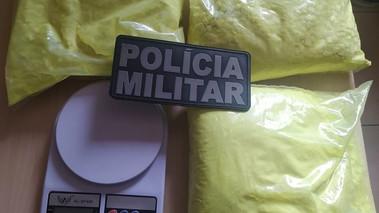 Suspeitos de tráfico são presos com 2,5 kg de drogas na Vila dos Cabanos