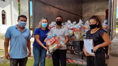 Hidrovias do Brasil entrega cestas básicas e equipamentos para famílias em Barcarena