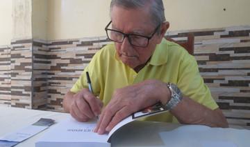 """Professor Altamir lança livro """"As sete meninas"""""""