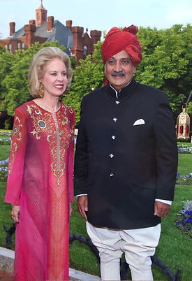 Ann and Maharaja of Jodhpur.jpg