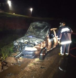 Defesa Civil de Clevelândia atende ocorrência de incêndio em veículo