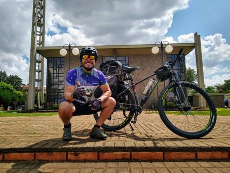 """""""Clevelandense"""" Mauricio Kuchenny percorreu 1760 km de bicicleta em 14 dias"""