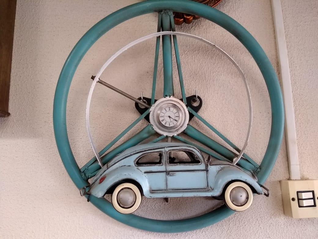 Antigo volante de fusca