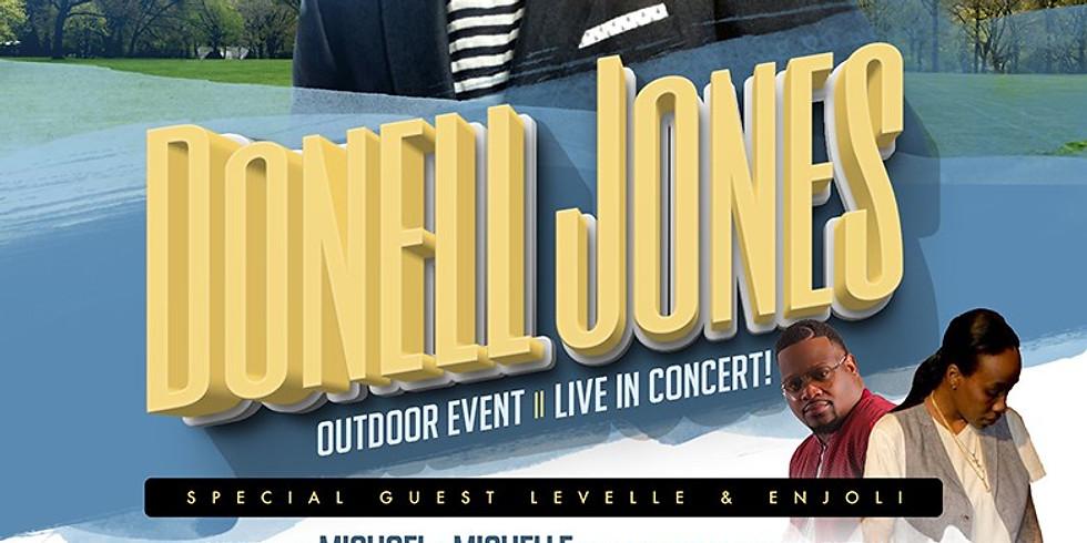 Donell Jones - Outdoor Event Live in Concert