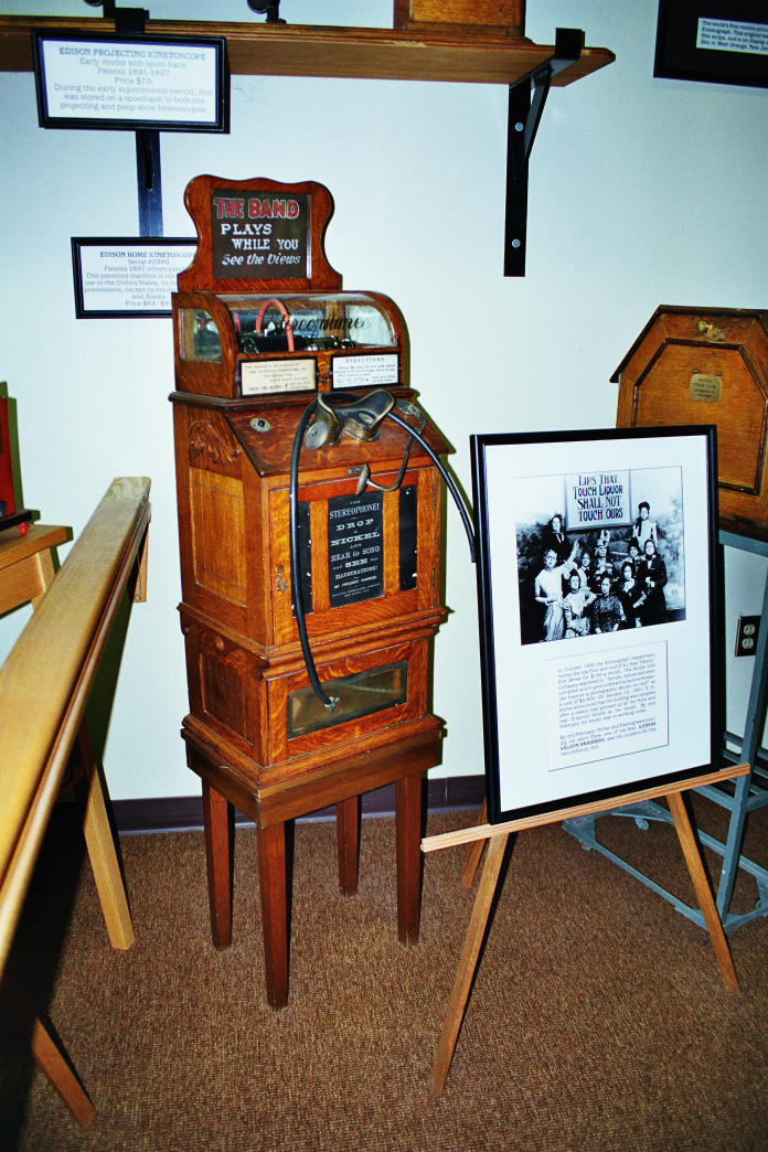 02Kinetoscope, Edison Museum, Ft Myers, Florida