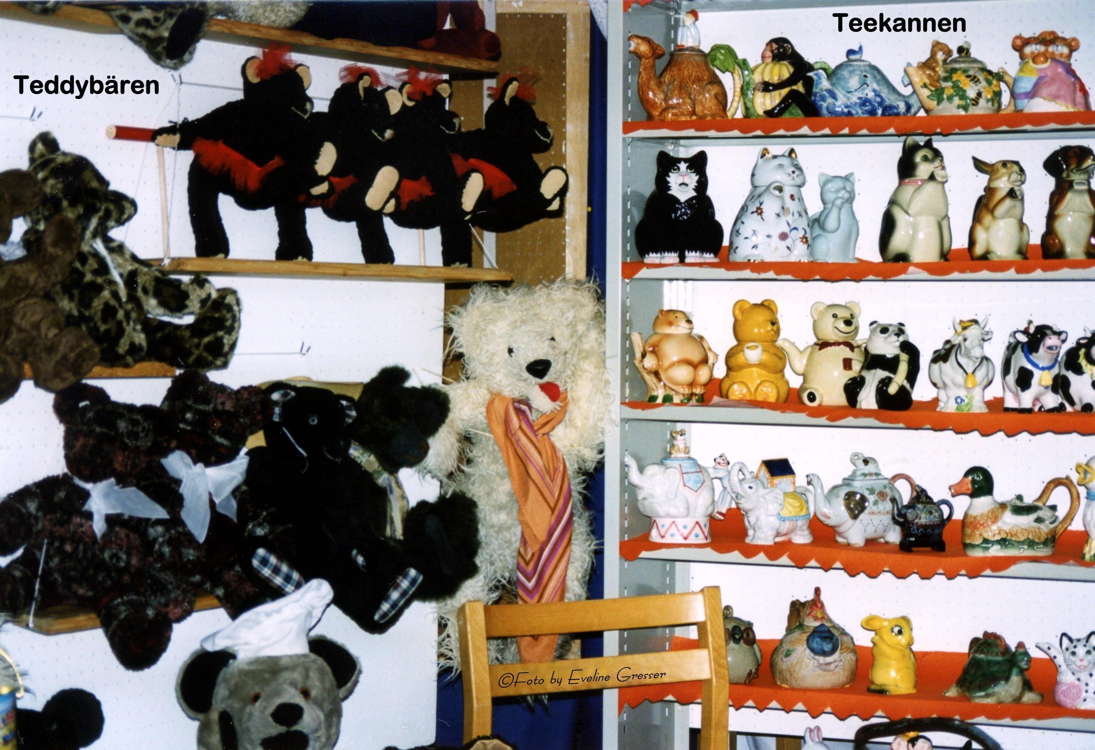 22StandTeddybären-StandTeekannen