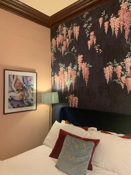 West End, bedroom