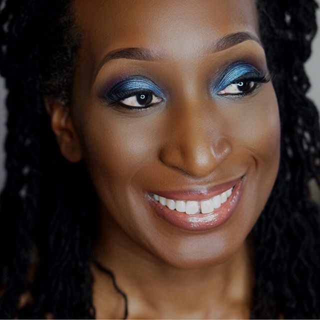 Birthday makeup for the beautiful Corrine owner of _koranaturals 🍫 _#birthdaymakeover #classy #popo