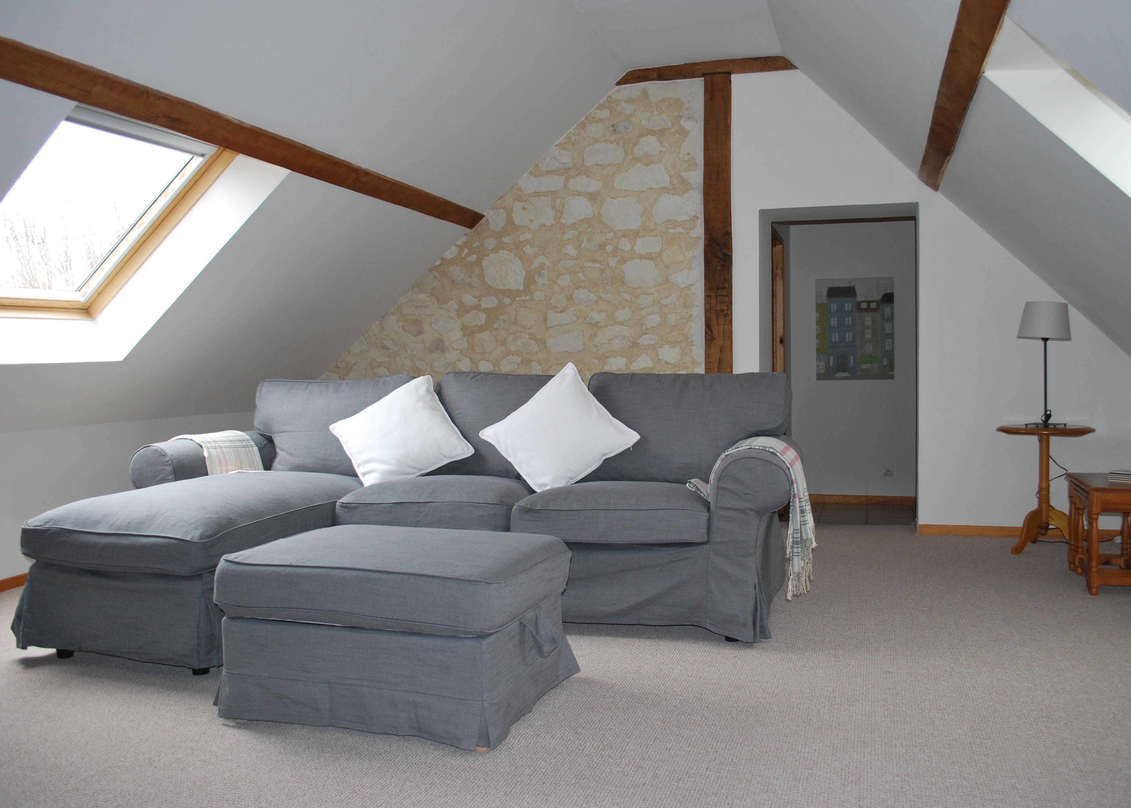 LG Lounge