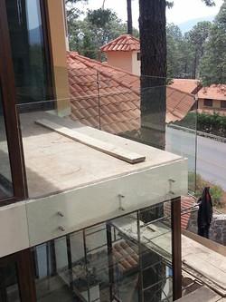 Facebook - barandal terraza cristal claro 9mm templado  Deminox Decoraciones Ino
