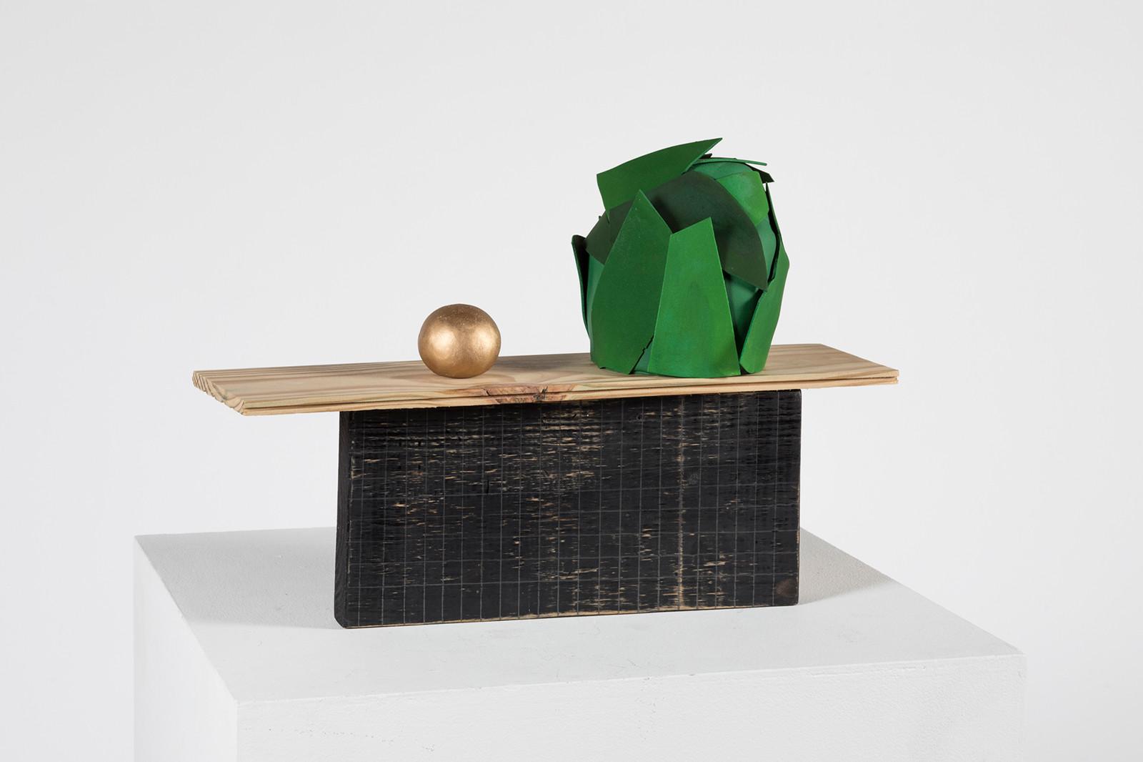Gold ball, Green cake