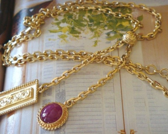 1000 Kisses Gold and Ruby Lariat