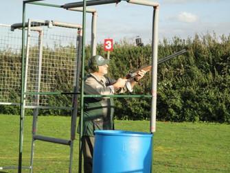 Low gun (gun down) or high gun (gun up) that is the question?