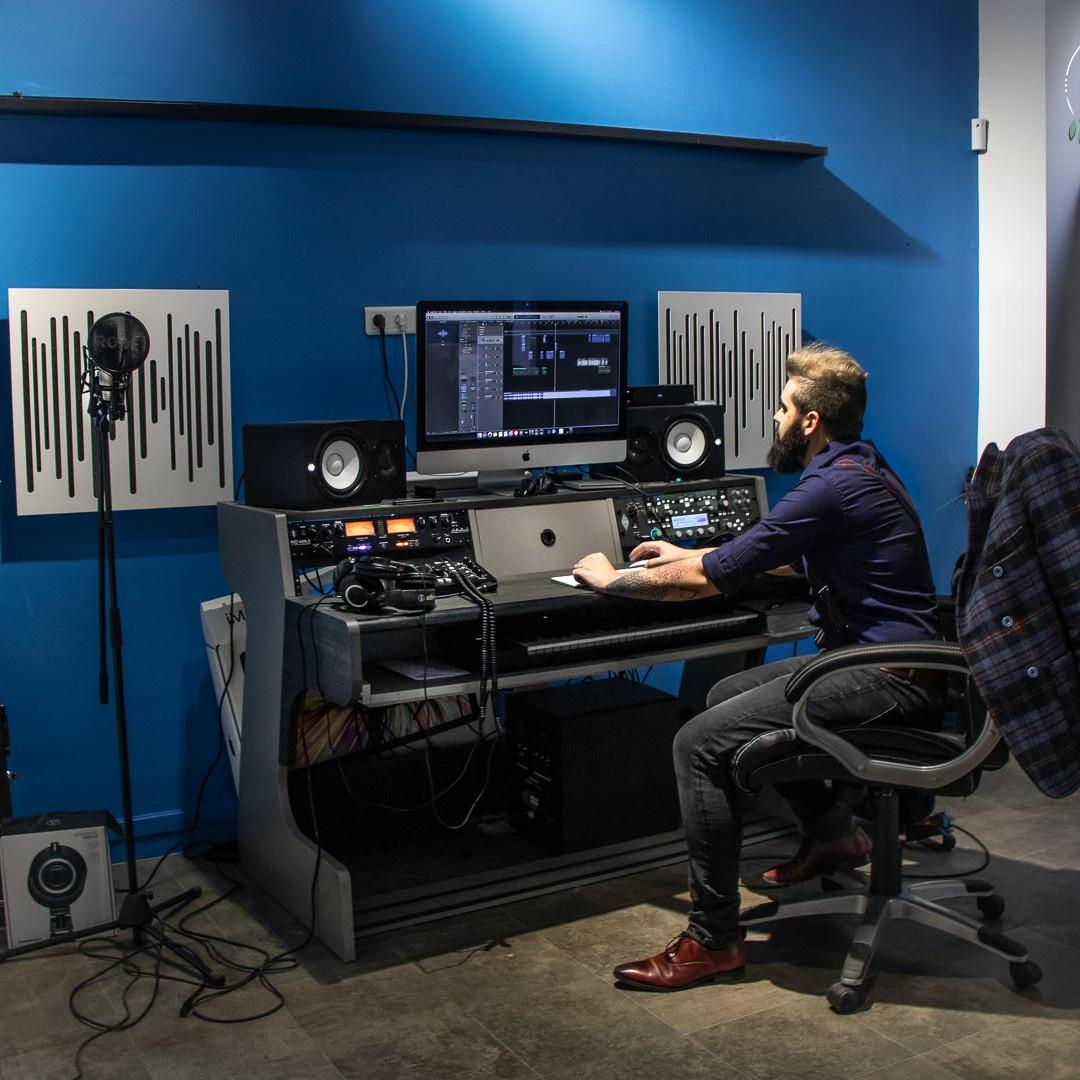 BlackFader Studio