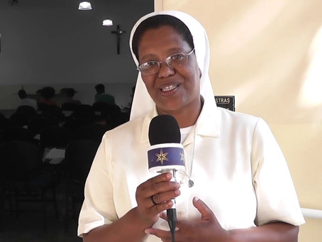 Irmãs Carmelitas Missionárias de Santa Teresa do Menino Jesus   Abertura do Ano Vocacional