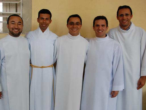 Cinco novos diáconos para a Arquidiocese de Uberaba