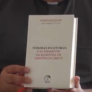 """Rede Vida: Dom Hugo Cavalcante, OSB, é um dos tradutores de """"Teologia da Liturgia"""""""