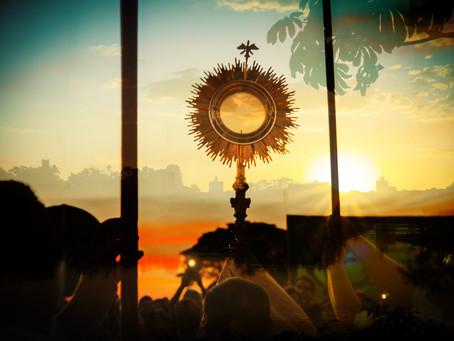 Por que a festa de Corpus Christi é celebrada sempre em uma quinta-feira?
