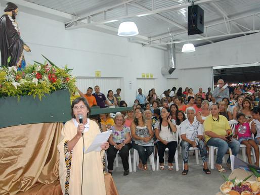Missa campal em São José reúne centenas de fiéis