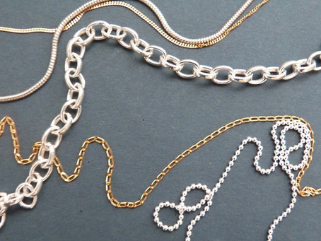 8 key necklace chain styles to know about when buying jewellery