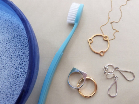 How do I clean my gold & silver jewellery?