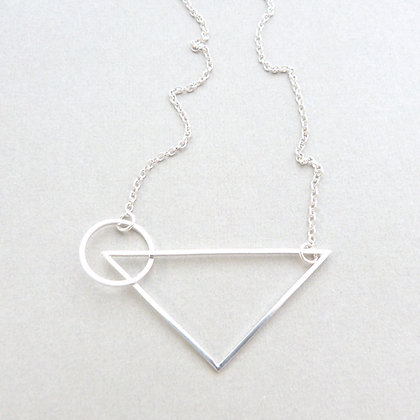 CIRCLE/TRIANGLE NECKLACE