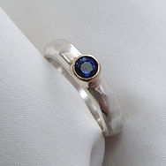 Elin_Horgan_bespoke_silver_gold_sapphire