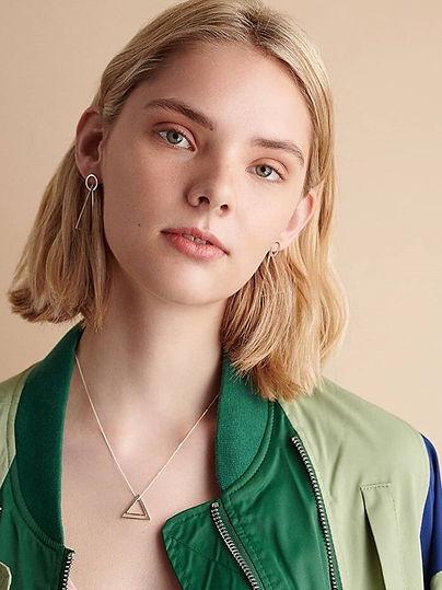 Lucys-Magazine-photos-Elin-Horgan-Jewell
