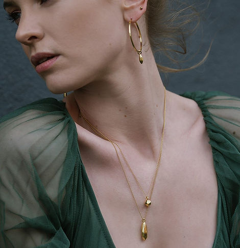 Elin_Horgan_Rhea_pendant_Meteorite_neckl