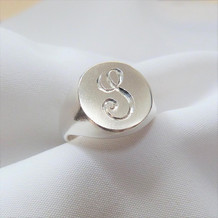 Elin-Horgan-silver-engraved-signet-ring.