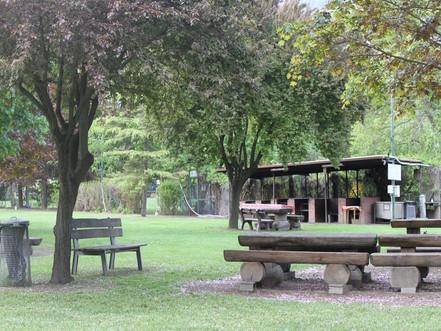 Chavonne area picnic famiglie.jpg