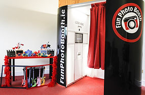 fun photo booth hire dublin ireland weddings private parties special events