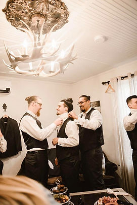 groom suite.jpg