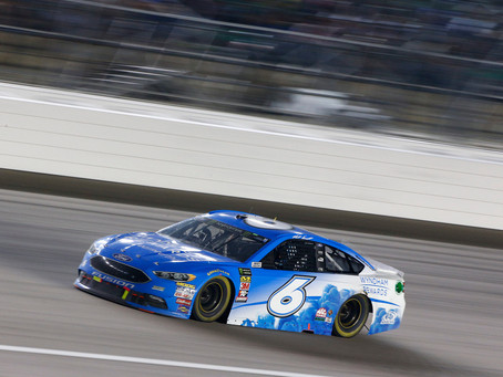 Late Wreck Ends Tough Day for Kenseth