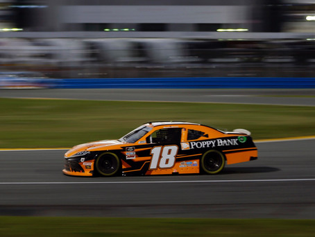 Hemric charges to finish third