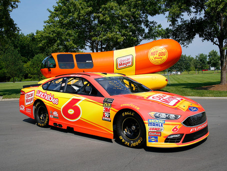 Oscar Mayer Partners with RFR and Kenseth at Darlington