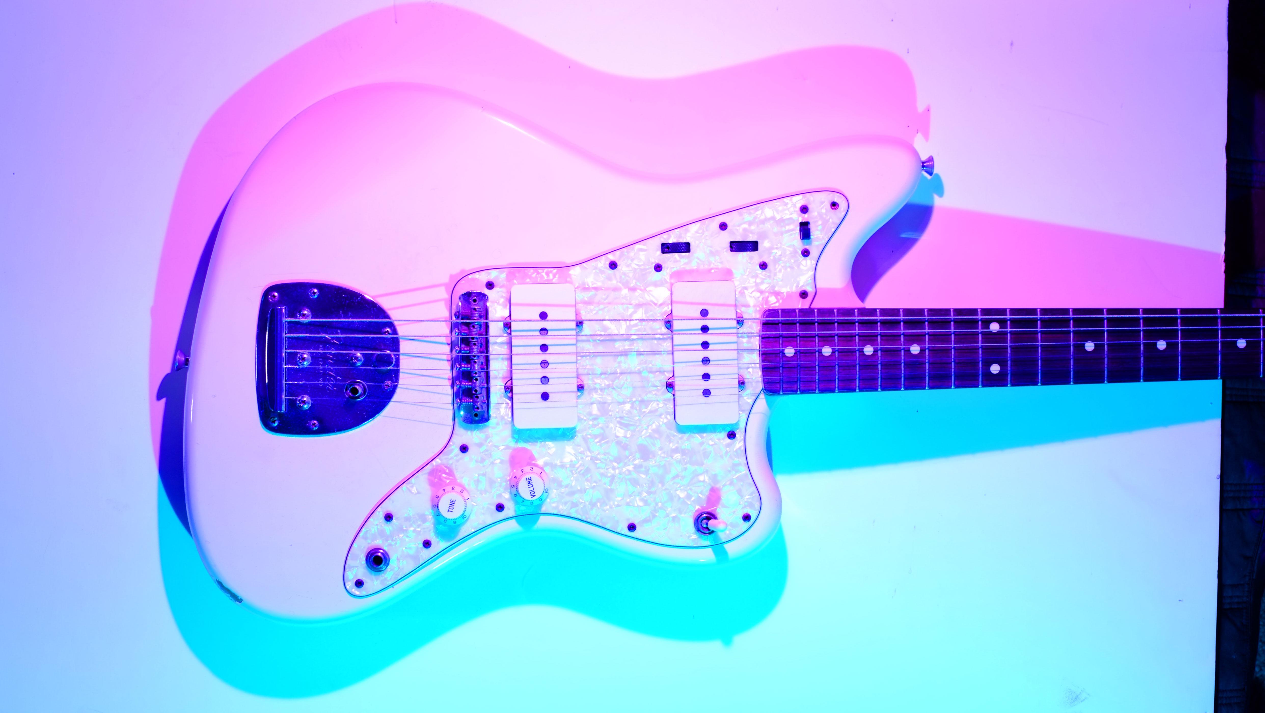 jazzmaster_pink_blue